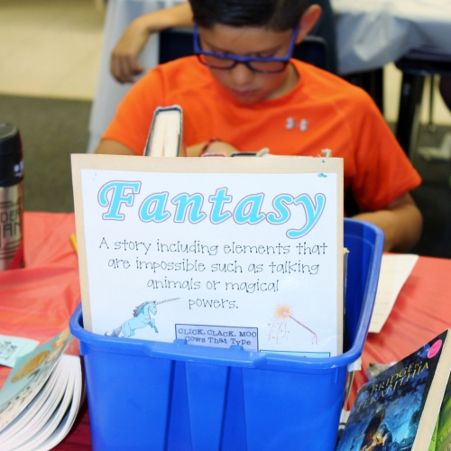 4th graders sample different book genres during Book Tasting, 08.23.2017