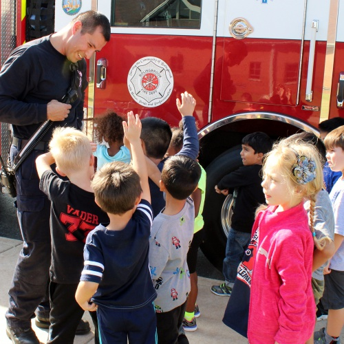Firefighters visit, students tour Fire Safety House, 10.20.2017