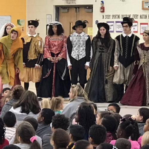 Madrigals at Elizabeth Eichelberger, Creekside, and Bonnie McBeth Learning Center, 11.29.2017