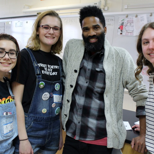 Artist David Anthony Geary visits 8th graders 05.04.2018