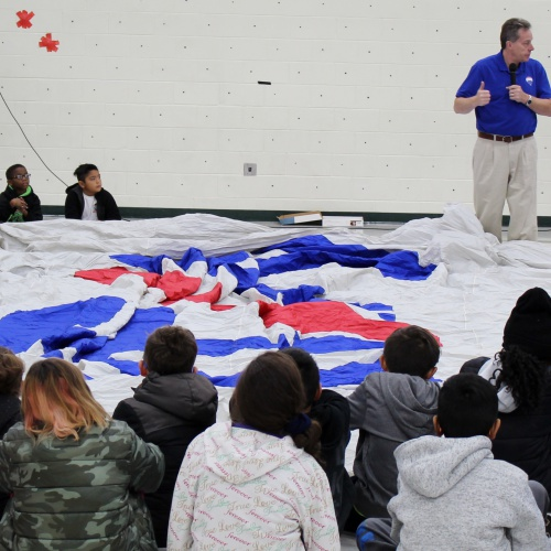 Meadow View 4th graders learn science via a hot air balloon, 10.12.2018
