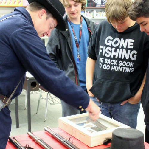 8th graders learn about Civil War from re-enactors, 10.19.2018