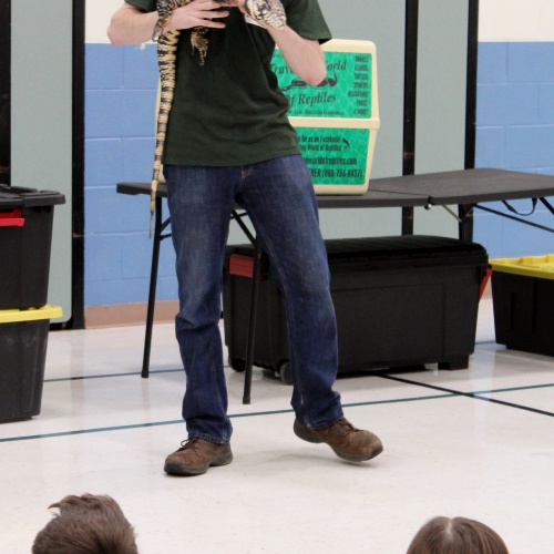 Fifth graders get personal with reptiles, 11.28.2018