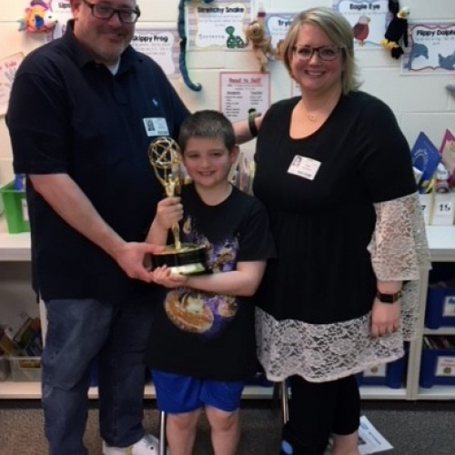 Second graders get to see a real Emmy Award, 01.2019