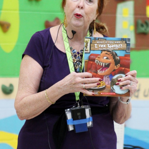 Author Sandra Markle visits 2nd, 3rd graders, 09.27.2019