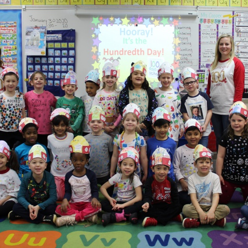 Kindergarten celebrates 100th day of school, 01.31.2020