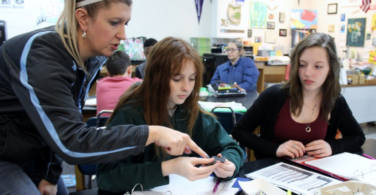 Eighth graders test minerals at Drauden Point Middle School