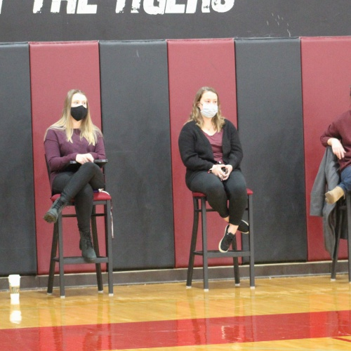 Student athletes sign letters of intent to play sports in college, 04.2021